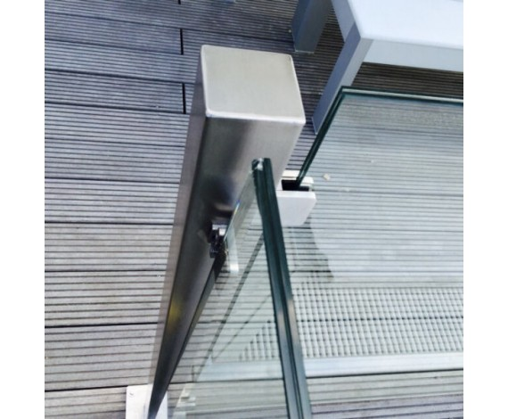 Eckpfosten Vierkant mit Glasaufnahme