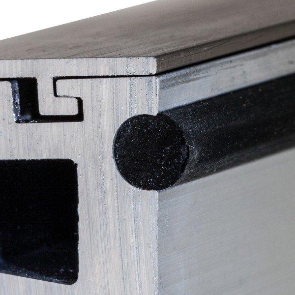 edle Optik mit Abdeckung in Aluminium Edelstahleffekt (E6/C31), Bild 5