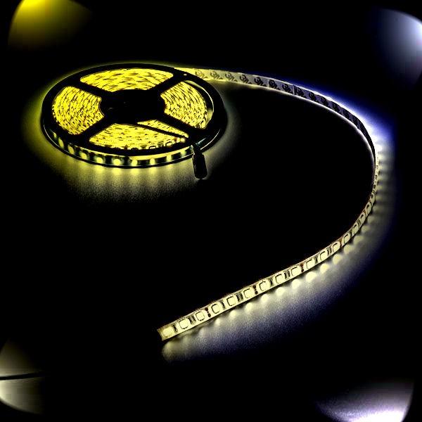 Lichtband mit warm weißen LED Leuchten