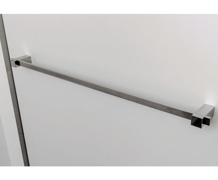 Handtuch-Stange kann flexibel auf den Haltern befestigt werden, Bild 6