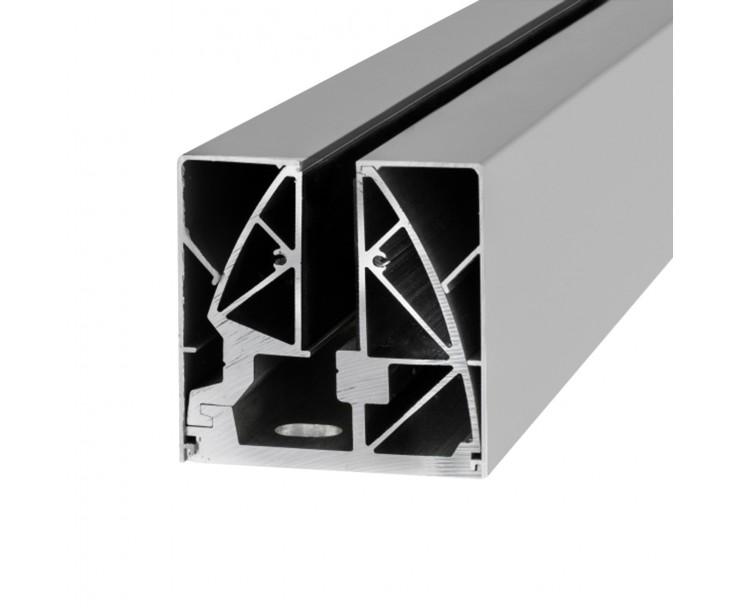 Stabile Bodenklemmleiste für Ganzglasgeländer zur aufgesetzten Montage