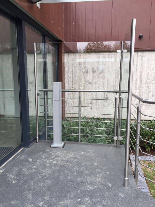 Seiten Windschutz für den Eingang